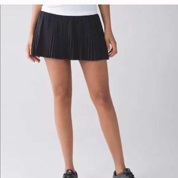 00e8bf76ad lululemon athletica Dresses & Skirts - Lulu Pleat to Skirt Street Black  Tennis Run Skort